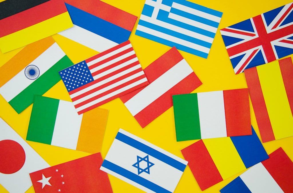 yabancı devlet başkanına bayrağına temsilcilerine