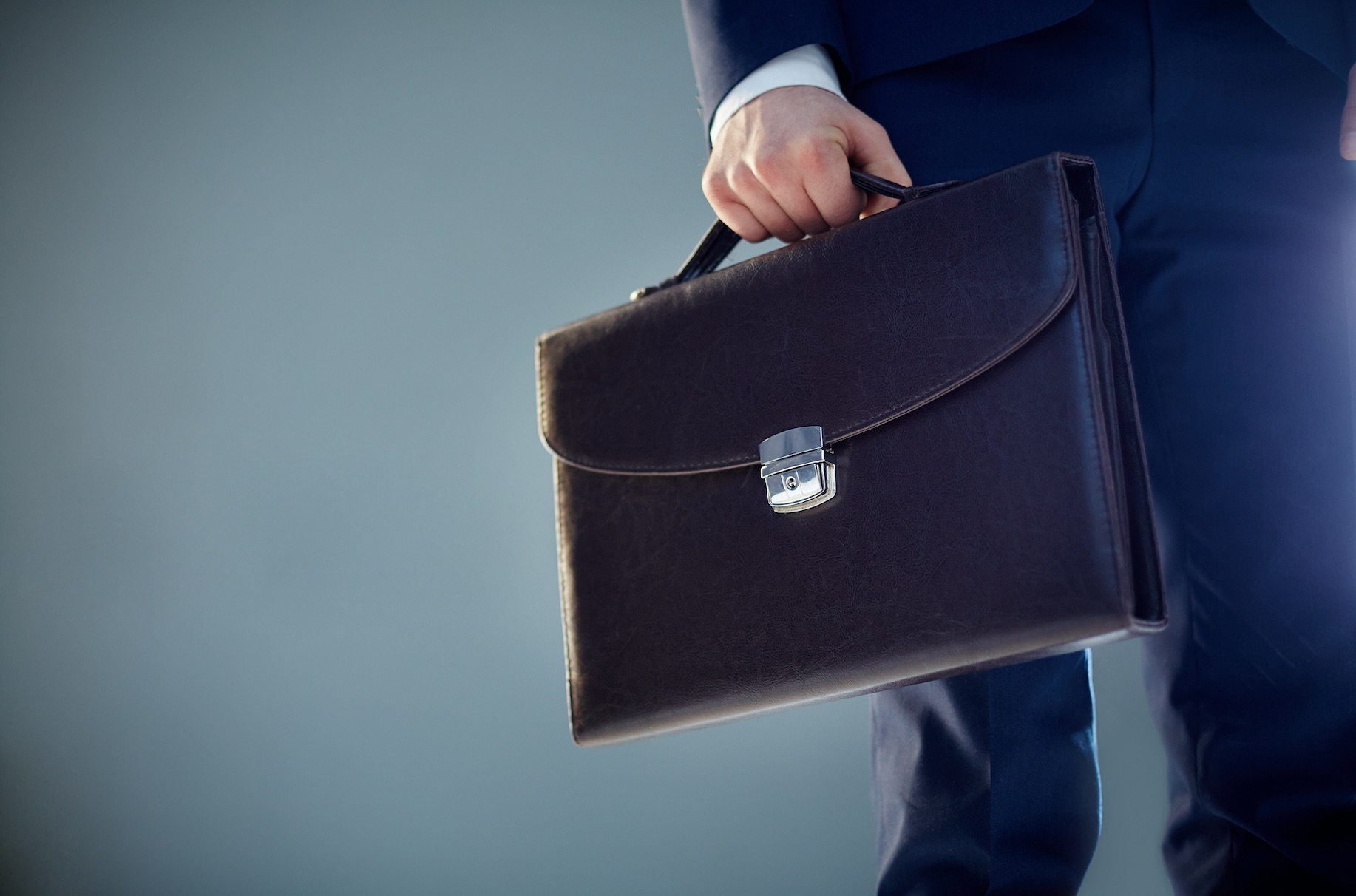 İşverenin İş Sözleşmesini Haklı Nedenle Derhal Feshi Hakkında Bilgiler